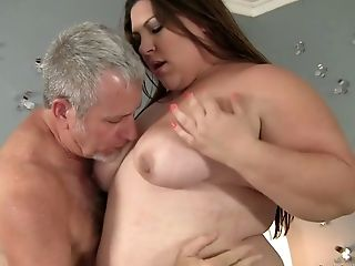 Hot Blooded Bbw Bella Bendz Is Railing A Dick Like A Dirty Whore
