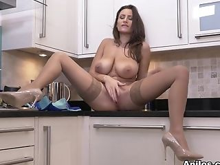 Sensuous Jane In Ample Tits - Anilos