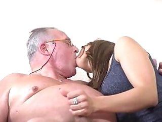 Old Man Fucks A Nubile So Hard She Starts To Hanker For Sperm On Face