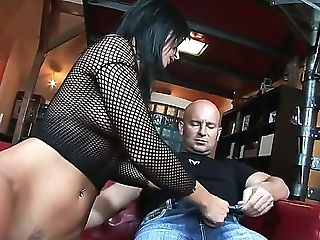 Sexy Simone Style Gets Her Raw Vagina Sucked By Her Man And Afterward Gash Fucked In Her Moist Cunt