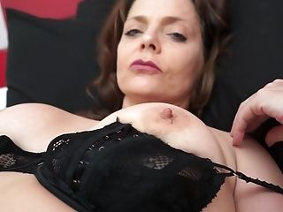 Good Looking Gemma Gold Luvs Drilling Her Cunt With A Lengthy Fake Penis