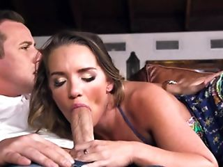 Kali Roses And Cali Carter Share Dick In A Excellent Threeway