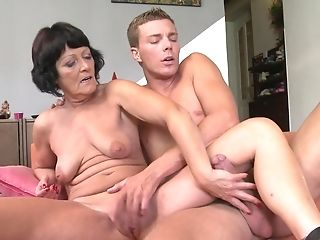 Dark Haired Cougar Nicola E. Gets Her Cunt Packed With A Fat Dick