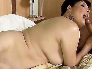 Middle-older Women Desires To Have Rich And Titillating Sexual Life To. Goldee Is Not A Different Person. She Requests The Hot Fuck With The Indeed Bi